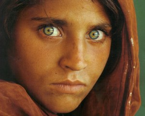 Afghan Girl (1984) taken by Steve McCurry for National Geographic